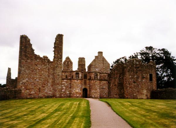 Tolquhon Castle (© Martin Coventry)