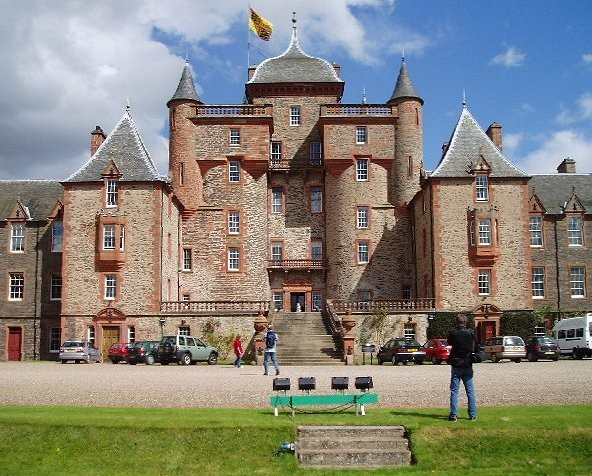 Thirlestane Castle By Kevin Rae, CC BY-SA 2.0, https://commons.wikimedia.org/w/index.php?curid=505220