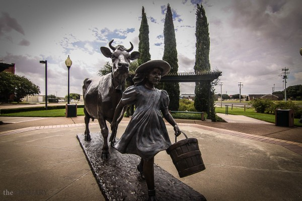 Blue Bell Ice Cream Factory Cow Statue