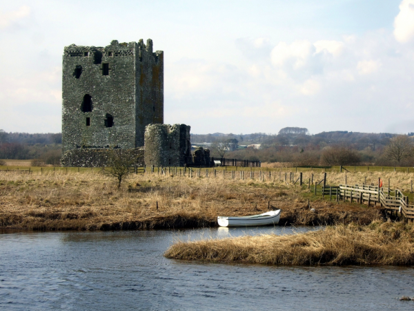 Threave Castle (© Martin Coventry)