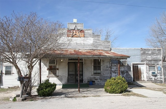 Gas Station From Texas Chainsaw Massacre (2003)